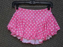 K02 Pink skirt white dots